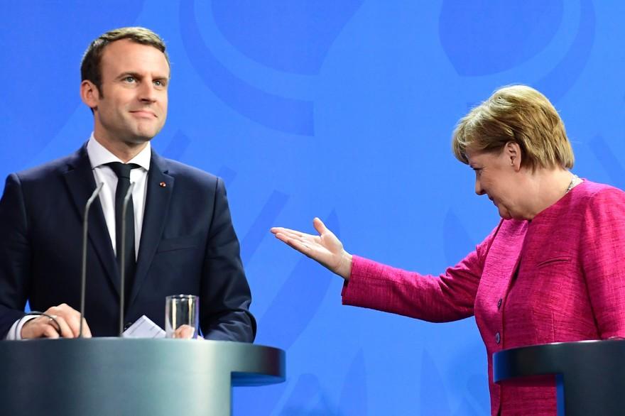 Gobierno de Macron compuesto por políticos veteranos y nuevos